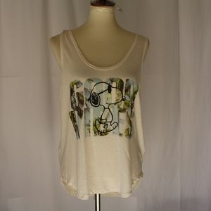 peanuts tank top size XXL pullover top boatneck